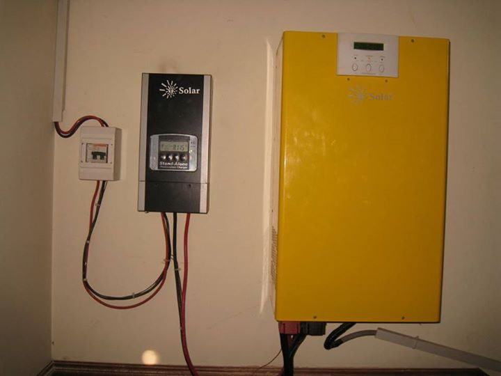 Tesla Solar Mppt Solar Charger And Solar Inverter By